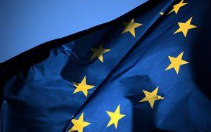 Европарламент: криптовалюта может заменить деньги