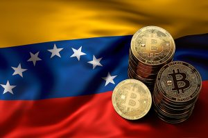 Венесуэльский боливар привяжут к криптовалюте