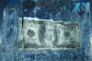 HSBC и Barclays заблокировали счета CEO 50Cycles